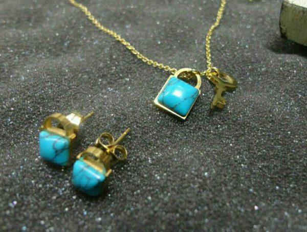 نیم ست کلید و قفل سنگ فیروزه ای استیل طلایی